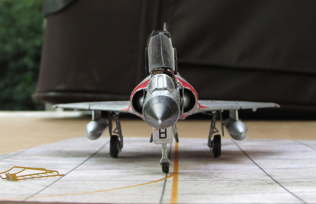 "[RV Aircraft] Mirage IIIC SPA 94 ""Mort qui fauche"" ECT 02/002 ""Cote d'Or"" Img_2722"