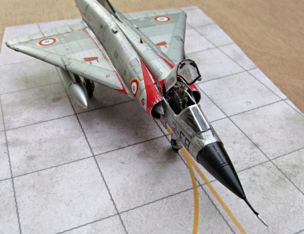 "[RV Aircraft] Mirage IIIC SPA 94 ""Mort qui fauche"" ECT 02/002 ""Cote d'Or"" Img_2730"