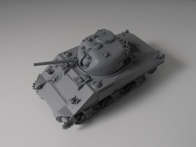 Sherman M4a2 et sherman M4a1 ( verlinden, tamiya, italeri au 1/35eme ) P6171010