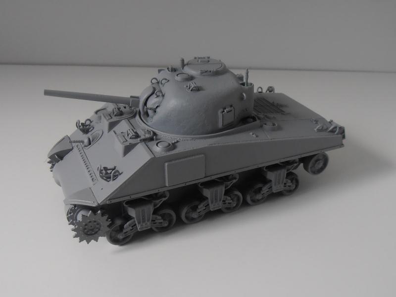 Sherman M4a2 et sherman M4a1 ( verlinden, tamiya, italeri au 1/35eme ) P6171012