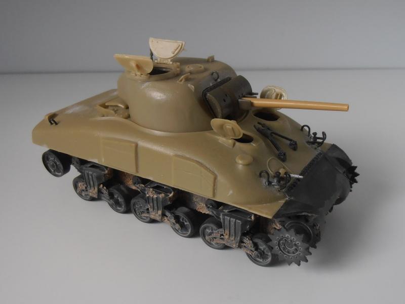 Sherman M4a2 et sherman M4a1 ( verlinden, tamiya, italeri au 1/35eme ) P6171013