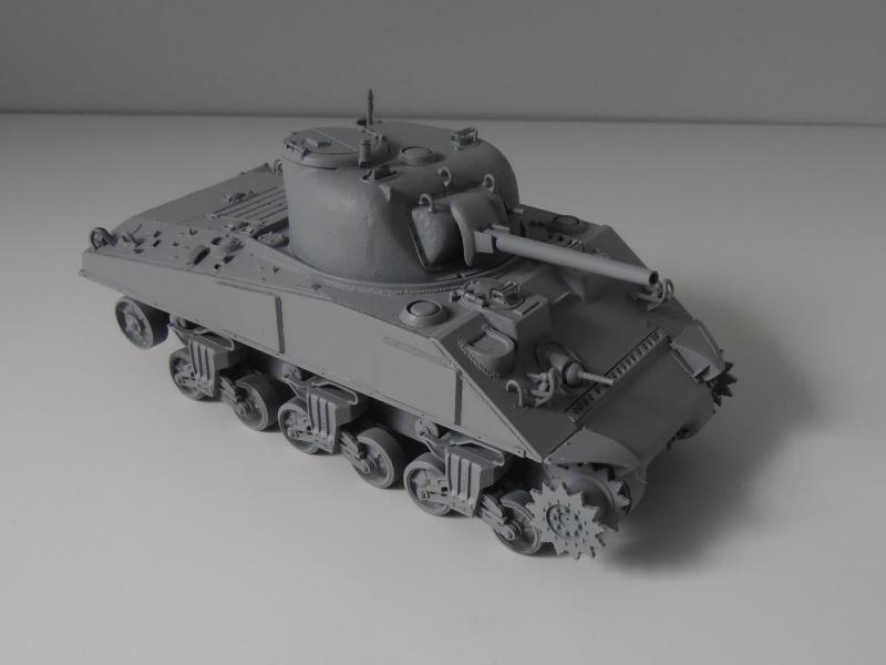 Sherman M4a2 et sherman M4a1 ( verlinden, tamiya, italeri au 1/35eme ) P6171014