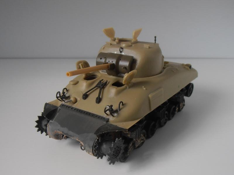 Sherman M4a2 et sherman M4a1 ( verlinden, tamiya, italeri au 1/35eme ) P6171015