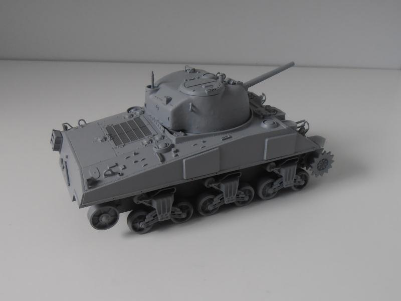 Sherman M4a2 et sherman M4a1 ( verlinden, tamiya, italeri au 1/35eme ) P6171017