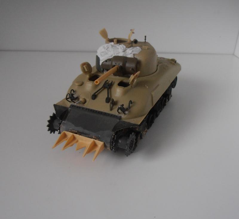 Sherman M4a2 et sherman M4a1 ( verlinden, tamiya, italeri au 1/35eme ) P6191011