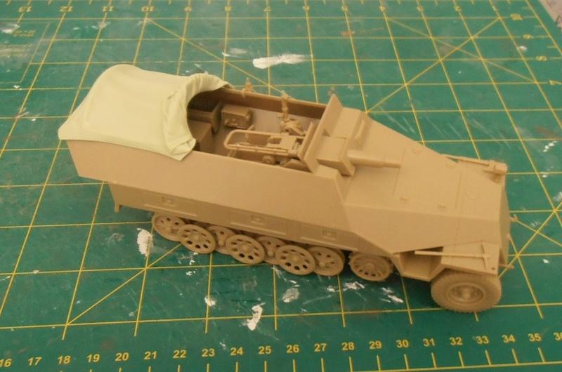 Sdkfz 251/9 ausf d ( 1/35eme ) P7281112