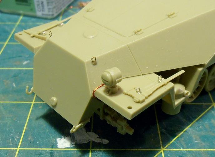 Sdkfz 251/9 ausf d ( 1/35eme ) P8121211