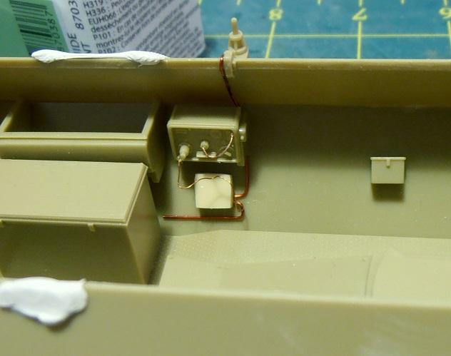 Sdkfz 251/9 ausf d ( 1/35eme ) P8121212