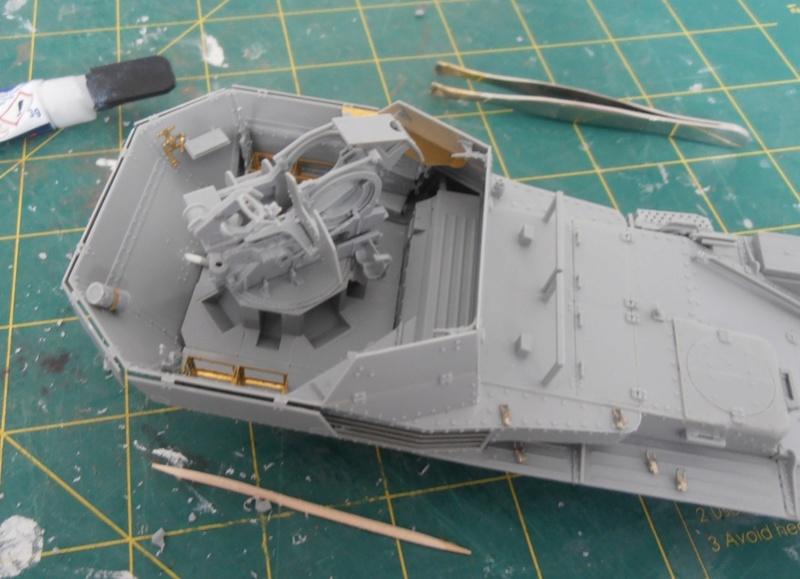 flak 38(t) ausf. m ( dragon au 1/35 eme ) P8181210
