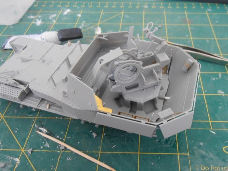 flak 38(t) ausf. m ( dragon au 1/35 eme ) P8181212