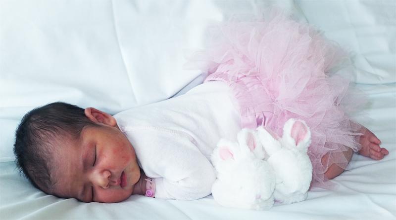 Enfants, grossesse, bibous et photos - Page 4 Alice_10