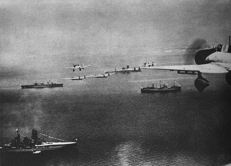 Porte-avions japonais - Page 2 194010