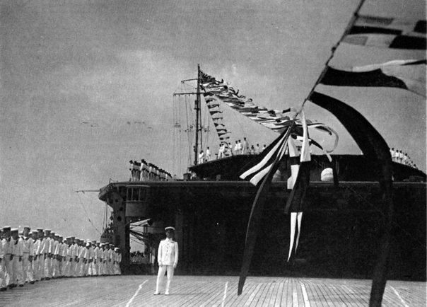 Porte-avions japonais - Page 2 Akagi110