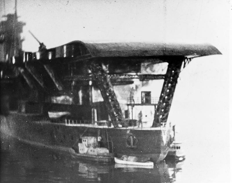 Porte-avions japonais - Page 2 Akagis10