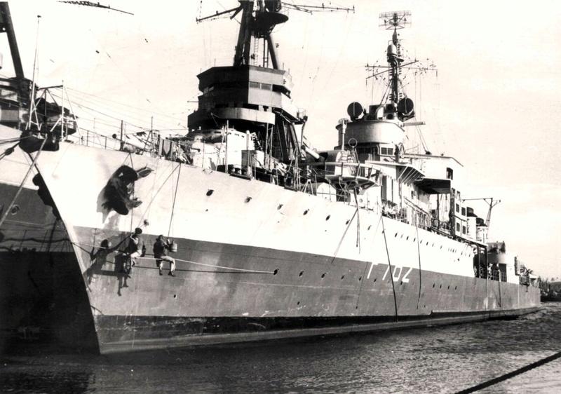 Les navires écoles français du XIX é à nos jours en photos  - Page 3 Alb_f712