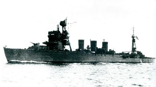 Croiseurs japonais - Page 4 Isuzu310