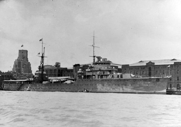 Croiseurs japonais - Page 4 Katori10
