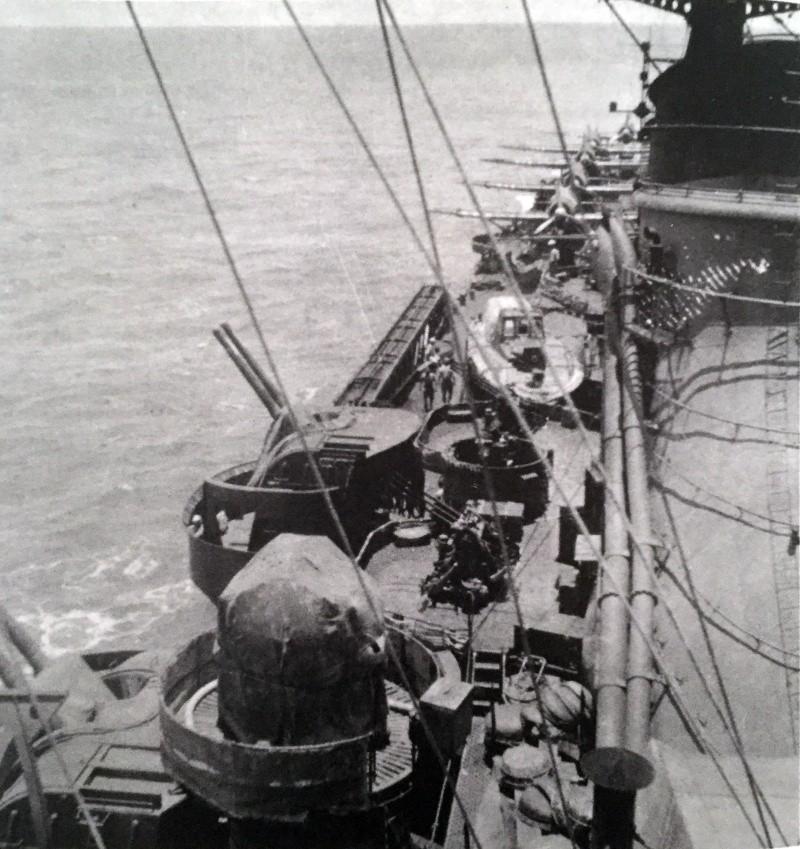 Croiseurs japonais - Page 3 Mogami11