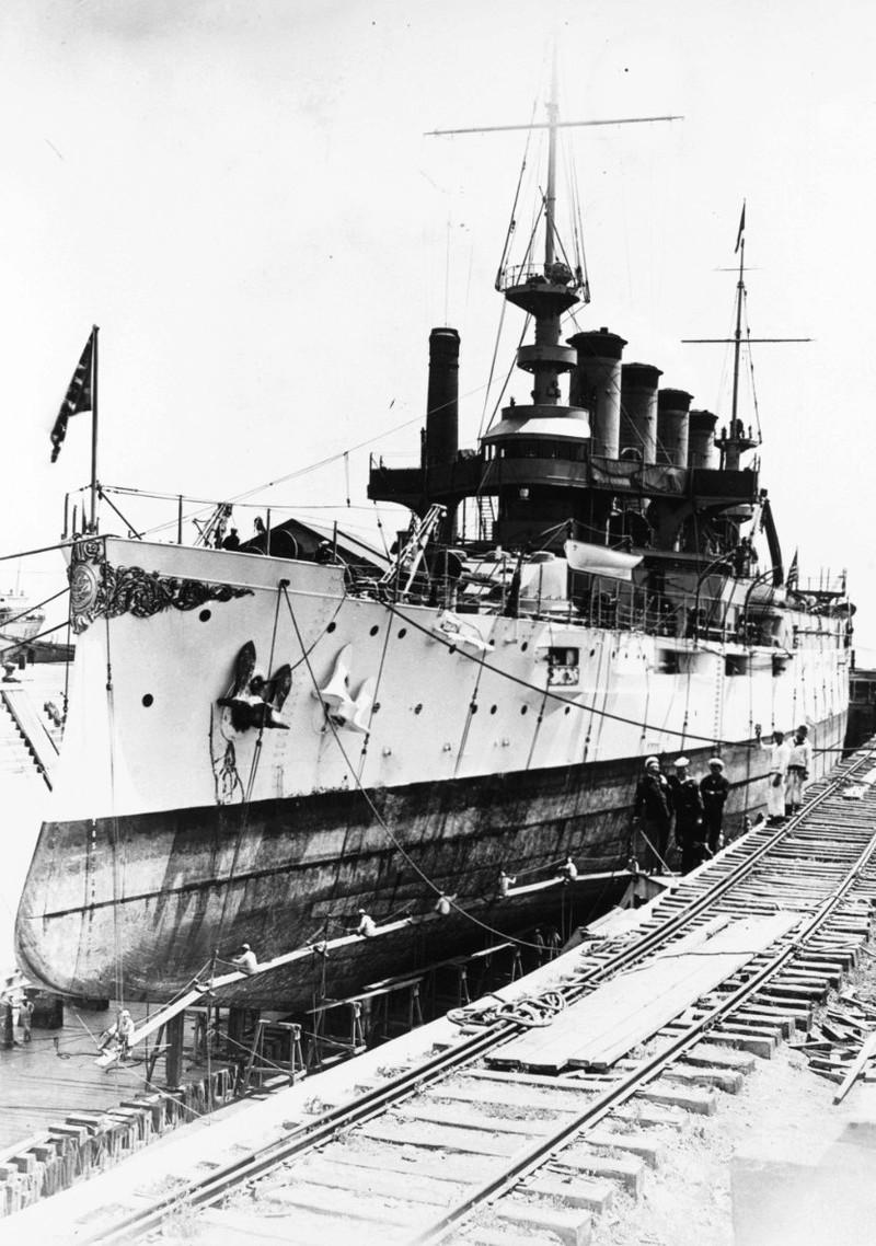 Croiseurs américains - Page 2 Nh_94010