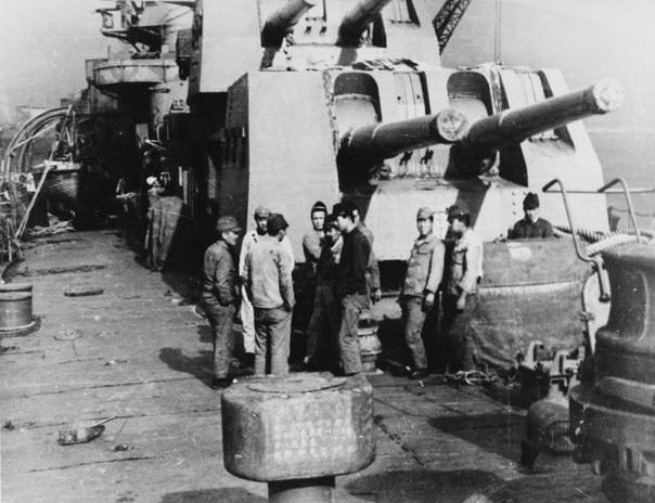 Croiseurs japonais - Page 3 Sakawa11