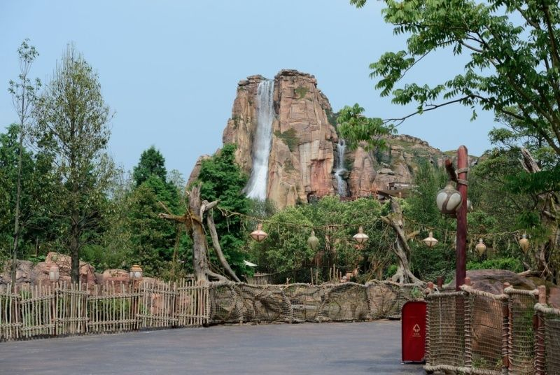 [Shanghai Disneyland] ADVENTURE ISLE (Soaring.../Roaring Rapids/Camp Discovery/Tarzan) - Page 2 210