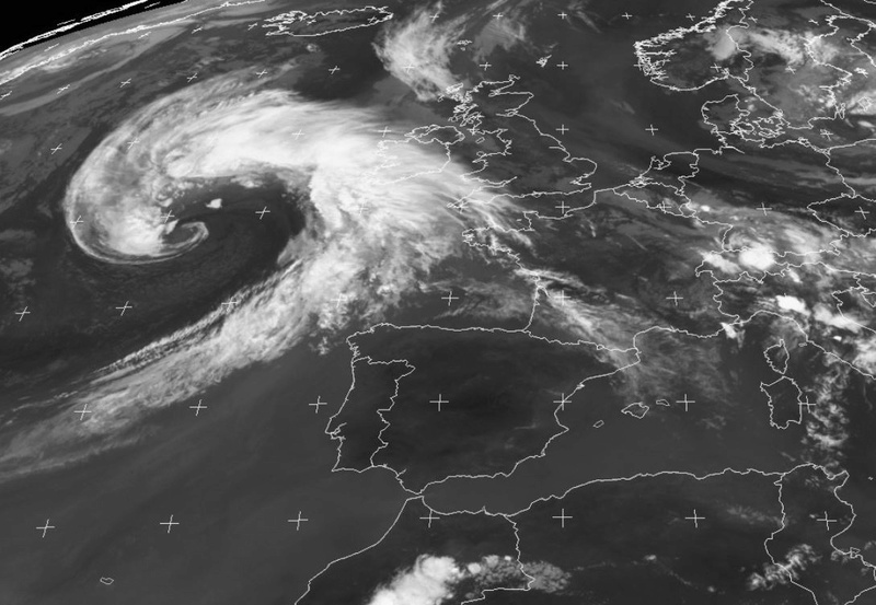 Régate d'été - St-Malo-Les Açores - JEUDI 18 AOUT 17H GMT  Captur12
