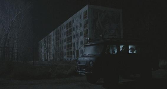 Critiques de films de zombies/contaminés - Page 16 4-the-10
