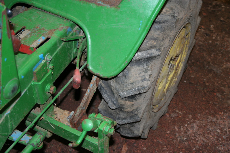 un micro tracteur motostandard 1030 qui a besoin de soins Img_1616