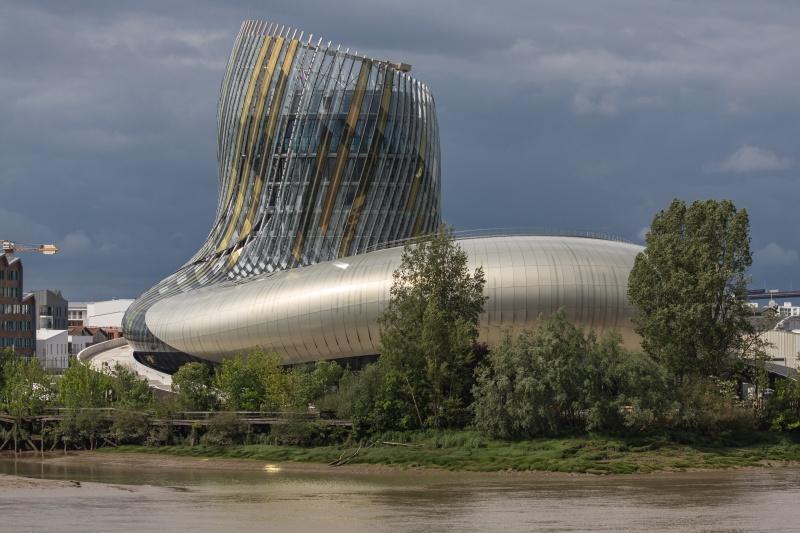 La toute neuve cité Mondiale du vin Imgl1610