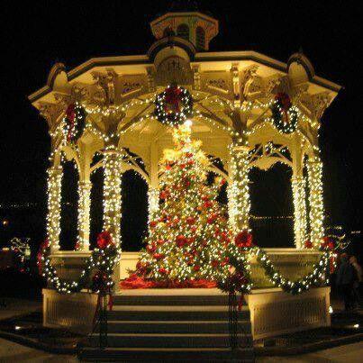 Les illuminations de Noël pour les fêtes 2.015   2.016 ! - Page 8 88057410