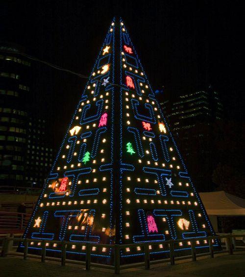 Les illuminations de Noël pour les fêtes 2.015   2.016 ! - Page 8 Cc599210