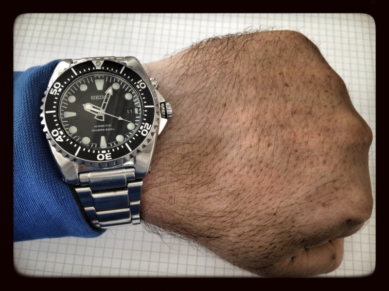 La montre non-russe du Vendredi - Page 10 Img_0812