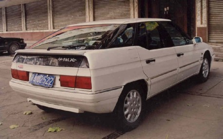 "[CHINE] Fengshen Citroën ""XM"" Xantia & XM Citroe10"