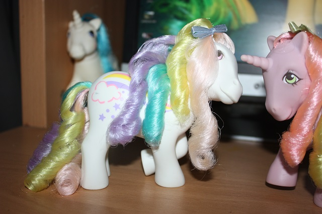 [TUTO - COIFFURE] Refaire des anglaises (poney, FSF) - Page 3 Img_8742