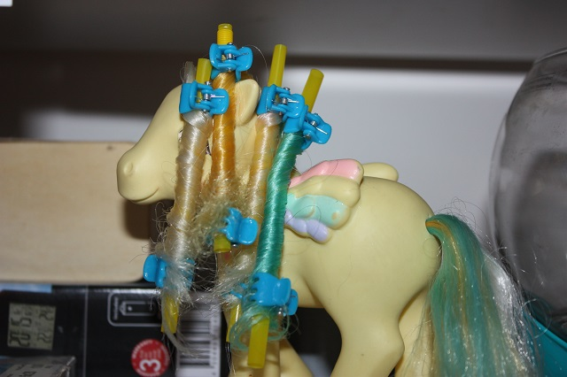 [TUTO - COIFFURE] Refaire des anglaises (poney, FSF) - Page 3 Img_9075