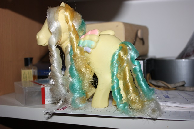 [TUTO - COIFFURE] Refaire des anglaises (poney, FSF) - Page 3 Img_9123