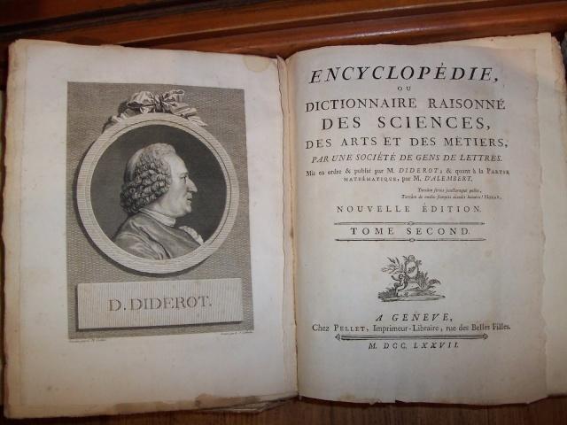 LE MUSEE DES LETTRES ET DES MANUSCRITS 1_1_1733
