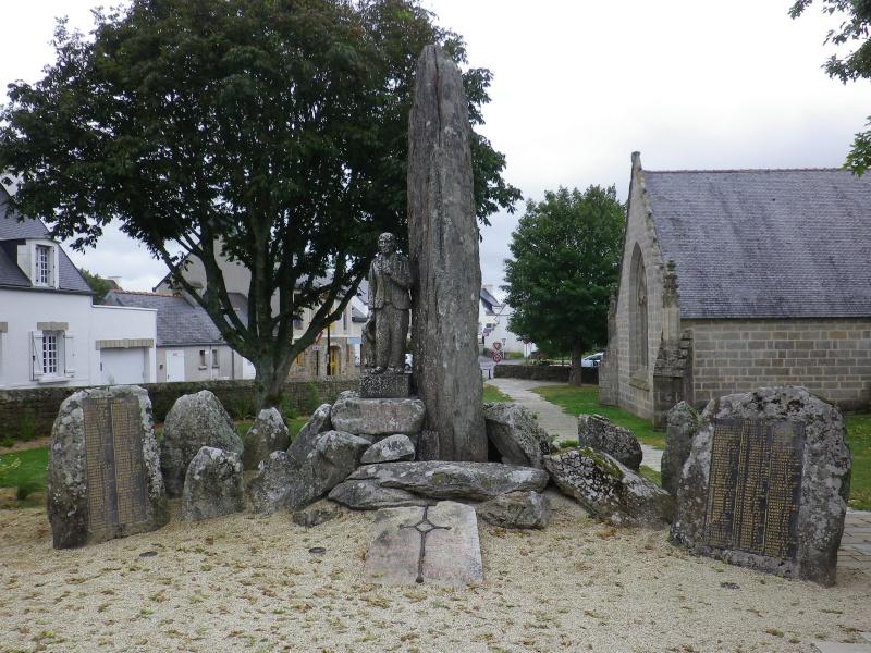 [Histoires et Histoire] Monuments aux morts originaux Français Tome 1 - Page 4 Divers10