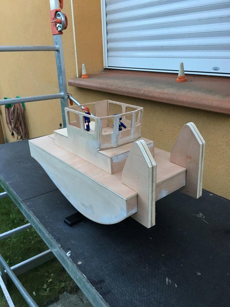 Construction d'un bateau de récupération Img_5311