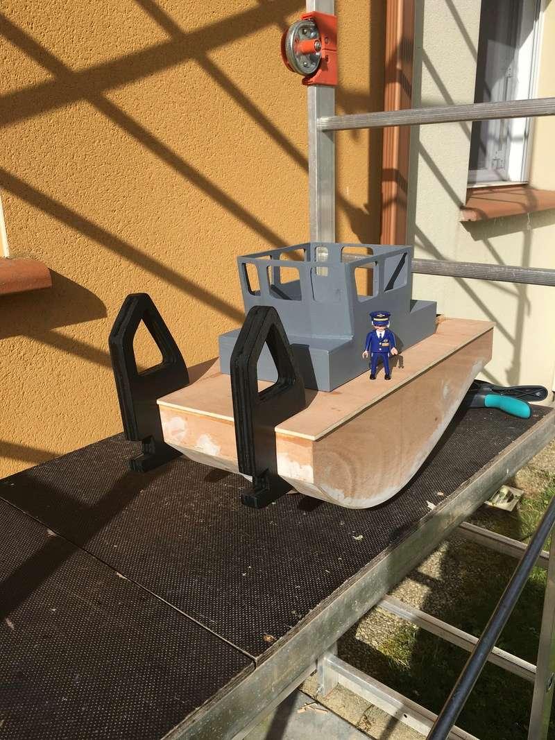 Construction d'un bateau de récupération Img_5410
