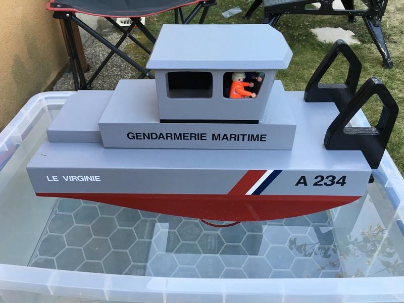 Construction d'un bateau de récupération Img_6111