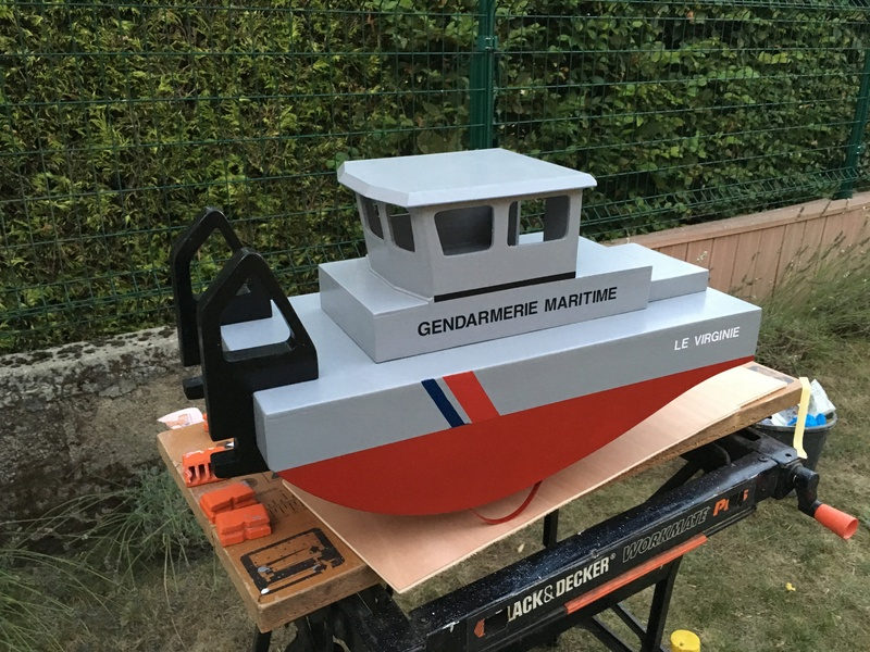 Construction d'un bateau de récupération Img_6112