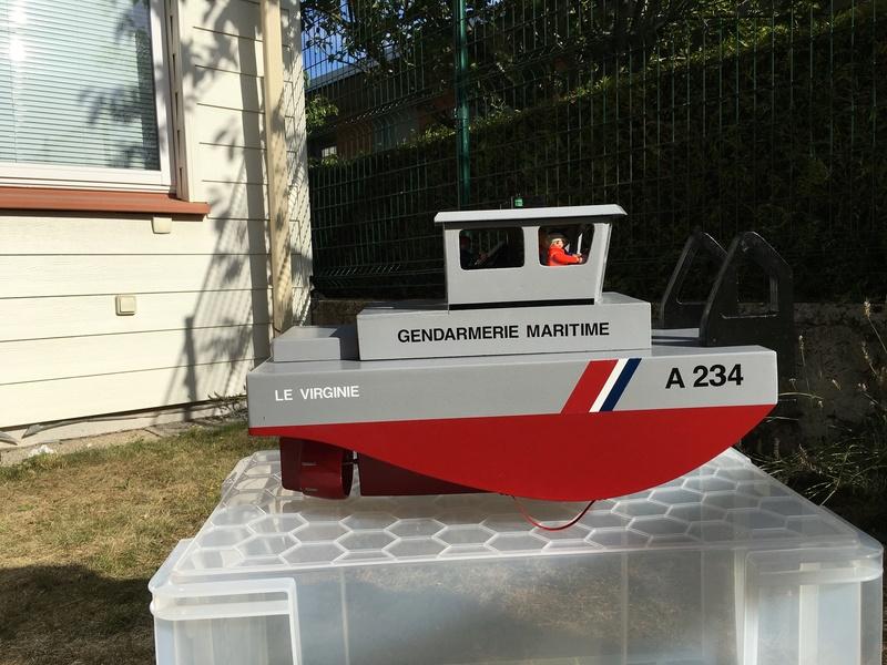 Construction d'un bateau de récupération Img_6113