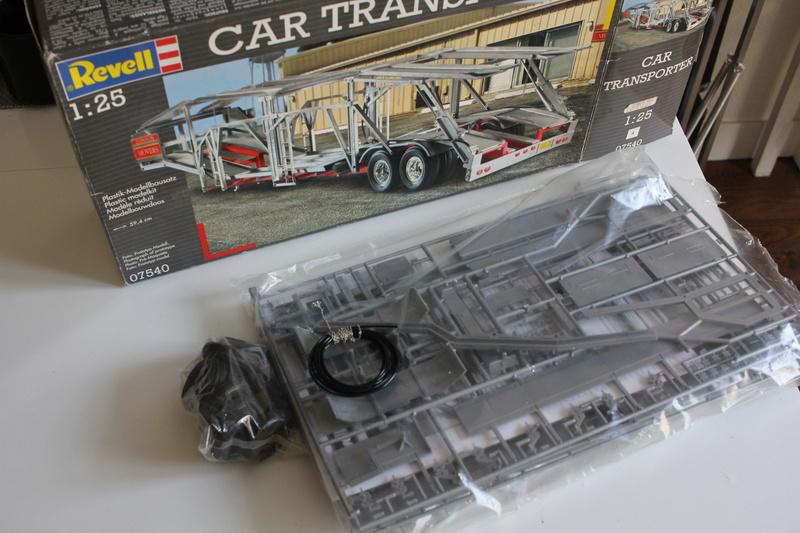 Remorque Revell Car transporter US 1/25 Img_7515