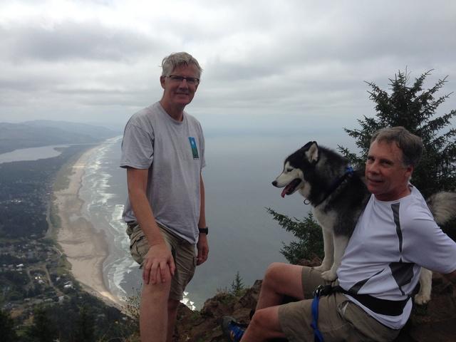 Hiking with Dogs: Neahkanhie Mountain, Oregon Img_0719