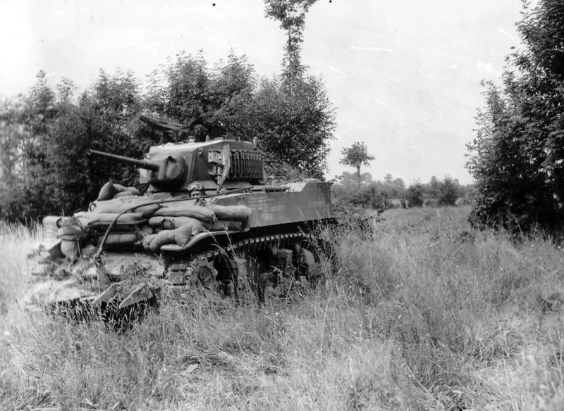 Bataille dans le Bocage Normand - techniques et tactiques Char_l10