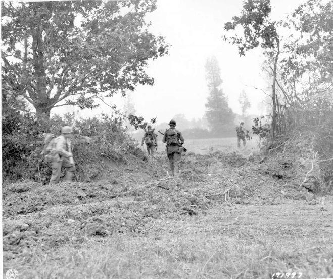 Bataille dans le Bocage Normand - techniques et tactiques Holein10