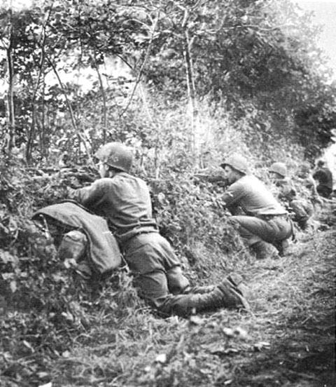 Bataille dans le Bocage Normand - techniques et tactiques Usa-e-10