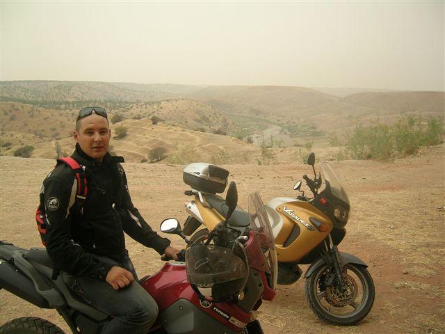 Vos plus belles photos de moto - Page 4 Dscn4819