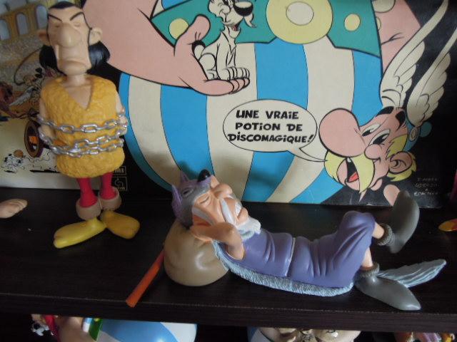 « Astérix, la grande galerie des personnages » - Hachette-Collections (2011-2012) - Page 4 Hachet10